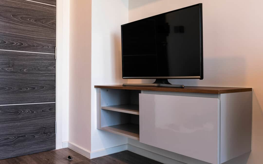 5 Ways to Mount a TV in a Corner