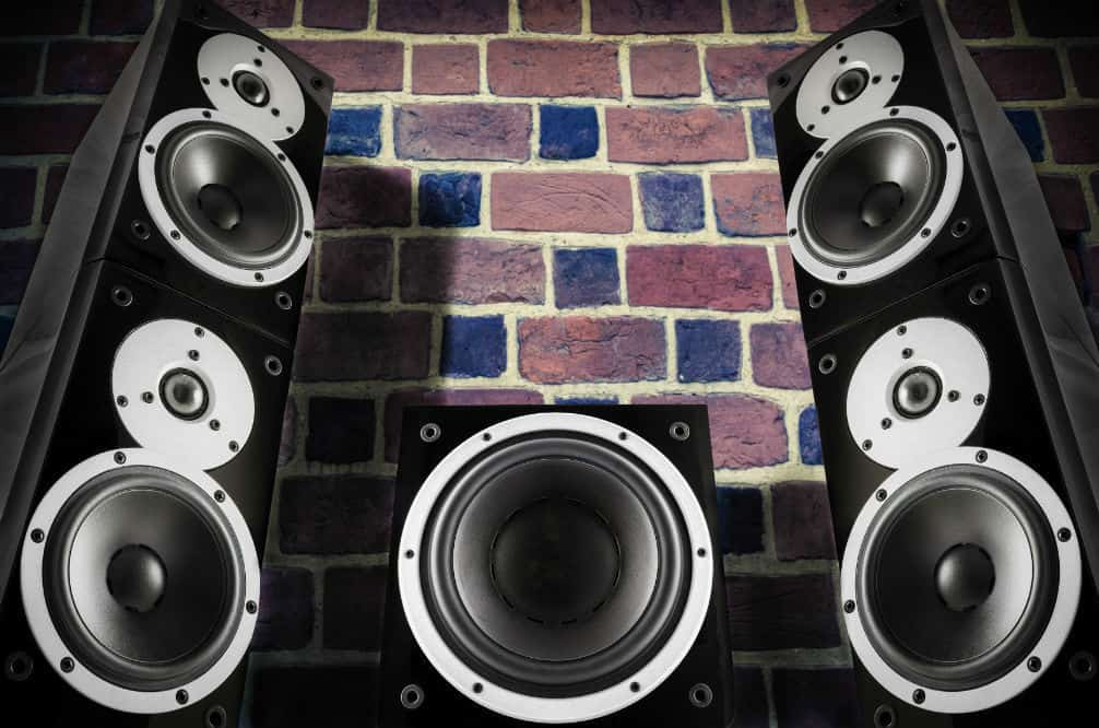 How to Set Up Floor Standing Speakers
