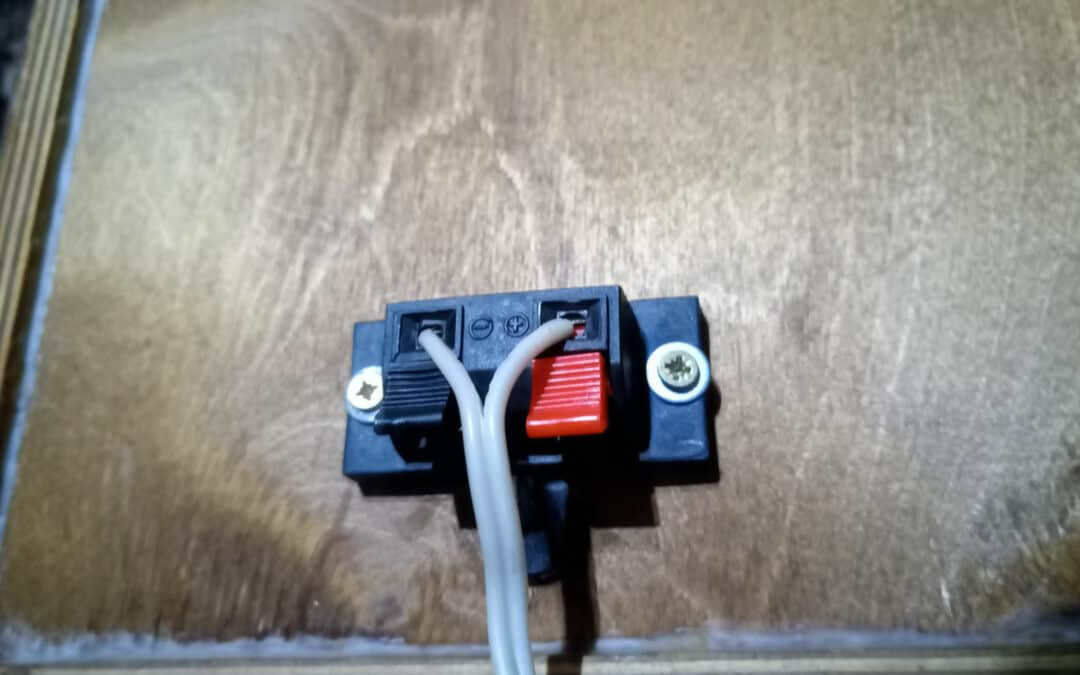 Do Speaker Cables Wear Out?